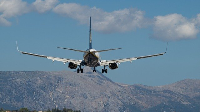 letadlo nad horami