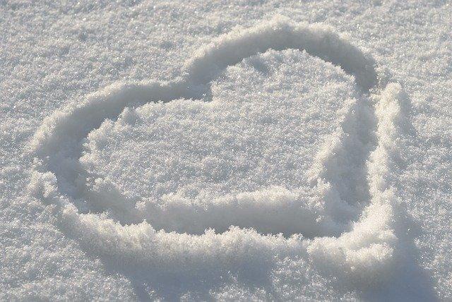 srdce ve sněhu.jpg