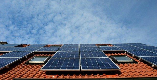 solární energie na střeše